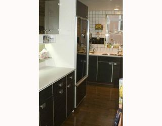 """Photo 10: 3177 POINT GREY Road in Vancouver: Kitsilano Townhouse for sale in """"WESTBURY"""" (Vancouver West)  : MLS®# V805755"""