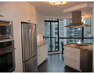 """Photo 3: 501 1415 W GEORGIA Street in Vancouver: Coal Harbour Condo for sale in """"PALAIS GEORGIA"""" (Vancouver West)  : MLS®# V810531"""