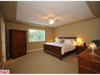 "Photo 7: 5938 190A Street in Surrey: Cloverdale BC House for sale in ""Rosewood Park"" (Cloverdale)  : MLS®# F1007031"