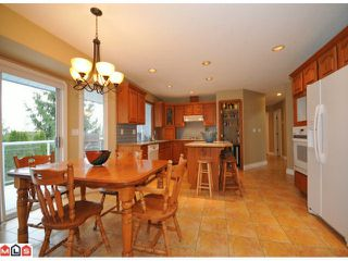 "Photo 3: 5938 190A Street in Surrey: Cloverdale BC House for sale in ""Rosewood Park"" (Cloverdale)  : MLS®# F1007031"