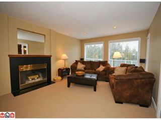 "Photo 6: 5938 190A Street in Surrey: Cloverdale BC House for sale in ""Rosewood Park"" (Cloverdale)  : MLS®# F1007031"