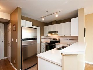 "Photo 5: 403 1688 E 4TH Avenue in Vancouver: Grandview VE Condo for sale in ""LA CASA"" (Vancouver East)  : MLS®# V846853"