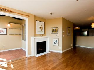 "Photo 3: 403 1688 E 4TH Avenue in Vancouver: Grandview VE Condo for sale in ""LA CASA"" (Vancouver East)  : MLS®# V846853"