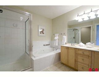 """Photo 8: 1 15450 ROSEMARY Crescent in Surrey: Morgan Creek Townhouse for sale in """"THE CARRINGTON"""" (South Surrey White Rock)  : MLS®# F2902456"""