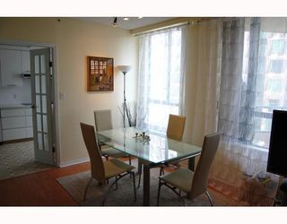 """Photo 3: 705 1355 W BROADWAY BB in Vancouver: Fairview VW Condo for sale in """"THE BROADWAY"""" (Vancouver West)  : MLS®# V761495"""