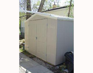 Photo 8: 228 INGLEWOOD Street in WINNIPEG: St James Residential for sale (West Winnipeg)  : MLS®# 2808845