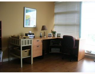 "Photo 4: 403 98 10TH Street in New_Westminster: Downtown NW Condo for sale in ""PLAZA POINT"" (New Westminster)  : MLS®# V778838"