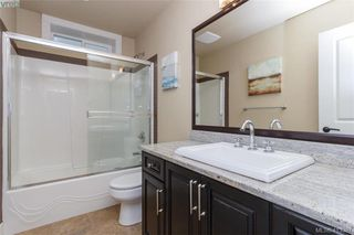 Photo 15: 2083 Longspur Drive in VICTORIA: La Bear Mountain Single Family Detached for sale (Langford)  : MLS®# 413397