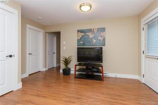 Photo 19: 2083 Longspur Drive in VICTORIA: La Bear Mountain Single Family Detached for sale (Langford)  : MLS®# 413397