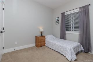 Photo 14: 2083 Longspur Drive in VICTORIA: La Bear Mountain Single Family Detached for sale (Langford)  : MLS®# 413397