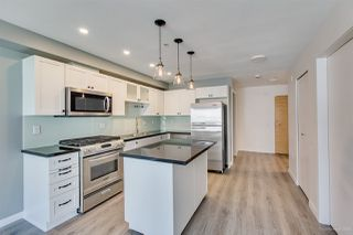 """Photo 8: 408 122 E 3RD Street in North Vancouver: Lower Lonsdale Condo for sale in """"SAUSALITO"""" : MLS®# R2393427"""