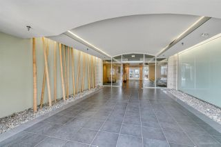 """Photo 2: 408 122 E 3RD Street in North Vancouver: Lower Lonsdale Condo for sale in """"SAUSALITO"""" : MLS®# R2393427"""