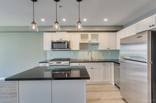 """Photo 9: 408 122 E 3RD Street in North Vancouver: Lower Lonsdale Condo for sale in """"SAUSALITO"""" : MLS®# R2393427"""