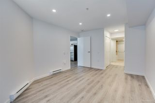 """Photo 14: 408 122 E 3RD Street in North Vancouver: Lower Lonsdale Condo for sale in """"SAUSALITO"""" : MLS®# R2393427"""