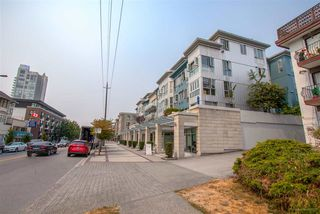 """Photo 20: 408 122 E 3RD Street in North Vancouver: Lower Lonsdale Condo for sale in """"SAUSALITO"""" : MLS®# R2393427"""