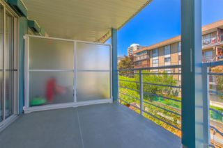 """Photo 18: 408 122 E 3RD Street in North Vancouver: Lower Lonsdale Condo for sale in """"SAUSALITO"""" : MLS®# R2393427"""