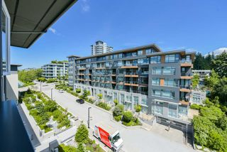 "Photo 12: 502 9168 SLOPES Mews in Burnaby: Simon Fraser Univer. Condo for sale in ""VERITAS"" (Burnaby North)  : MLS®# R2405882"