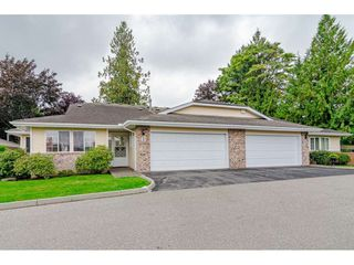 """Main Photo: 2 5051 203 Street in Langley: Langley City Townhouse for sale in """"Meadowbrook"""" : MLS®# R2407221"""