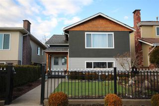 Main Photo: 3081 E 6TH Avenue in Vancouver: Renfrew VE House for sale (Vancouver East)  : MLS®# R2427949