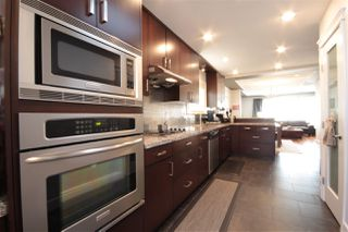Photo 11: 3081 E 6TH Avenue in Vancouver: Renfrew VE House for sale (Vancouver East)  : MLS®# R2427949