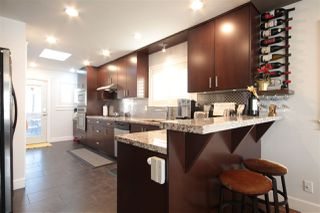 Photo 9: 3081 E 6TH Avenue in Vancouver: Renfrew VE House for sale (Vancouver East)  : MLS®# R2427949
