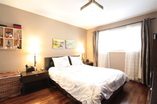 Photo 12: 3081 E 6TH Avenue in Vancouver: Renfrew VE House for sale (Vancouver East)  : MLS®# R2427949