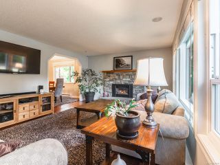 Photo 4: 802 Terrien Way in PARKSVILLE: PQ Parksville House for sale (Parksville/Qualicum)  : MLS®# 832069