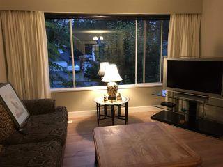 Photo 2: 11724 209 Street in Maple Ridge: Southwest Maple Ridge House for sale : MLS®# R2434650