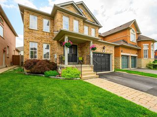 Photo 4: 1072 Sprucedale Lane in Milton: Dempsey House (2-Storey) for sale : MLS®# W4790208