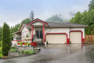 Photo 1: 5782 JINKERSON Road in Chilliwack: Promontory House for sale (Sardis)  : MLS®# R2464891