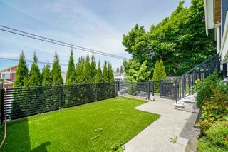 Photo 4: 4628 VICTORIA Drive in Vancouver: Victoria VE House 1/2 Duplex for sale (Vancouver East)  : MLS®# R2471588