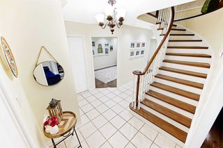 Photo 3: 3848 Periwinkle Crescent in Mississauga: Lisgar House (2-Storey) for sale : MLS®# W4819537