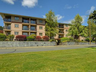 Photo 2: 409 1694 Cedar Hill Cross Rd in Saanich: SE Mt Tolmie Condo Apartment for sale (Saanich East)  : MLS®# 840053