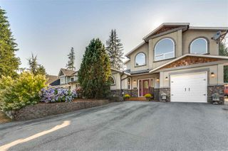 Main Photo: 4637 198A Street in Langley: Langley City House for sale : MLS®# R2486347