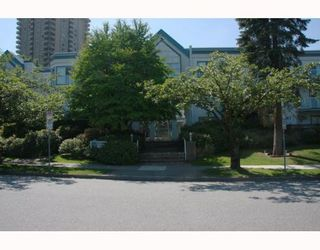 "Photo 1: 101 5695 CHAFFEY Avenue in Burnaby: Central Park BS Condo for sale in ""DURHAM PLACE"" (Burnaby South)  : MLS®# V785287"