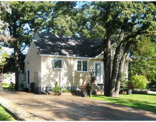 Photo 1:  in WINNIPEG: St Vital Residential for sale (South East Winnipeg)  : MLS®# 2917430