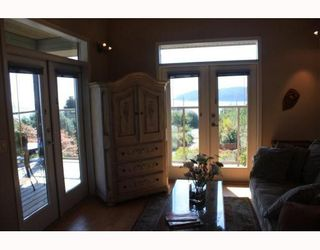 Photo 5: 6224 SUNSHINE COAST Highway in Sechelt: Sechelt District House for sale (Sunshine Coast)  : MLS®# V787565