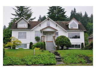Photo 1: 2721 HENRY Street in Port Moody: Port Moody Centre House for sale : MLS®# V833785
