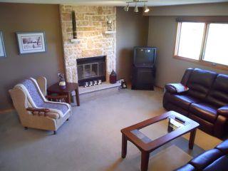 Photo 3: 11 Alberhill Crescent in WINNIPEG: North Kildonan Residential for sale (North East Winnipeg)  : MLS®# 1020108