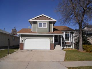 Photo 1: 11 Alberhill Crescent in WINNIPEG: North Kildonan Residential for sale (North East Winnipeg)  : MLS®# 1020108