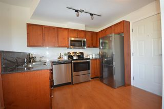 """Photo 10: PH2 3089 OAK Street in Vancouver: Fairview VW Condo for sale in """"THE OAKS"""" (Vancouver West)  : MLS®# R2415953"""