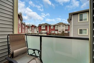 "Photo 7: 10 6945 185 Street in Surrey: Clayton Townhouse for sale in ""Mackenzie Estates"" (Cloverdale)  : MLS®# R2434590"
