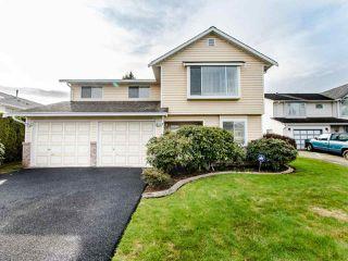 "Photo 1: 21254 89B Avenue in Langley: Walnut Grove House for sale in ""Walnut Grove"" : MLS®# R2439345"