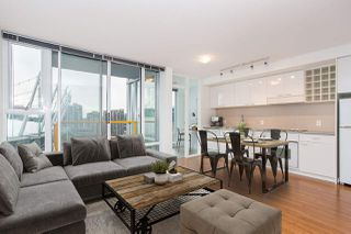 Main Photo: 1901 668 CITADEL Parade in Vancouver: Downtown VW Condo for sale (Vancouver West)  : MLS®# R2454317