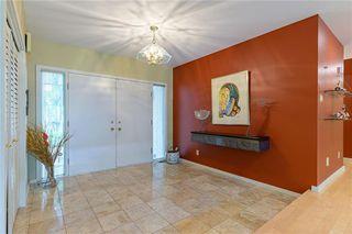 Photo 2: 118 Bard Boulevard in Winnipeg: Tuxedo Residential for sale (1E)  : MLS®# 202014066