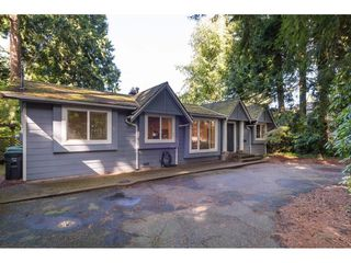 Photo 2: 1931 128 STREET in Surrey: Crescent Bch Ocean Pk. House for sale (South Surrey White Rock)  : MLS®# R2501920