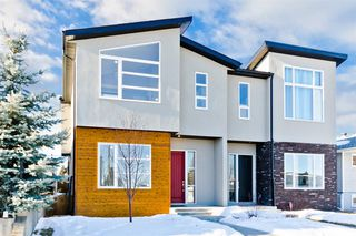 Main Photo: 1111 39 Street SW in Calgary: Rosscarrock Semi Detached for sale : MLS®# A1038993