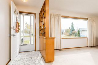 Photo 2: 13536 92 Street in Edmonton: Zone 02 House for sale : MLS®# E4218264