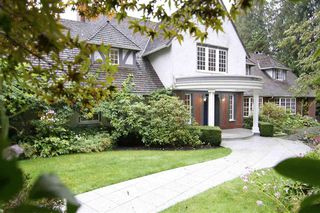 Main Photo: 5240 MARINE DRIVE in West Vancouver: House for sale : MLS®# R2514685