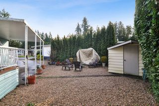 """Photo 21: 40 2305 200 Street in Langley: Brookswood Langley Manufactured Home for sale in """"Cedar Lane Park"""" : MLS®# R2524495"""